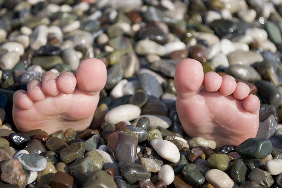 Фотошпалери пляж ноги ноги арт