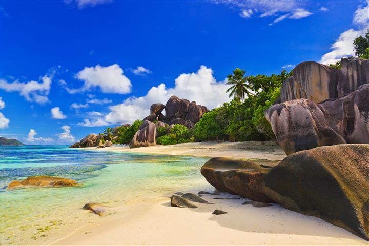 Фотообои море океан камни пляж
