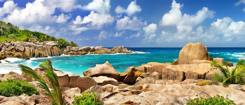 Фотошпалери море камені океан відпочинок пляж