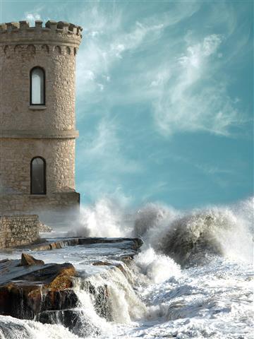 Фотообои море маяк волна замок