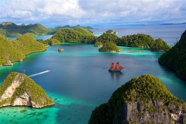 Фотообои море камни океан бухта
