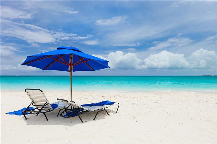 Фотошпалери море океан парасолька пляж