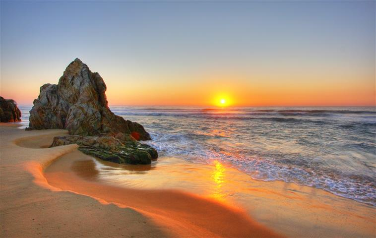 Фотообои океан камни закат пляж