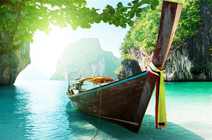 Фотообои море лодка океан горы