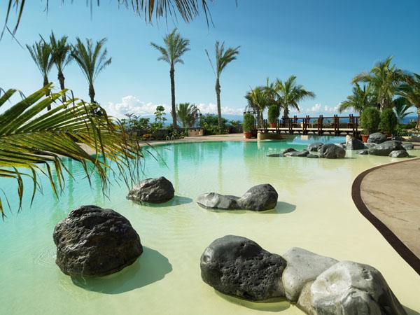 Фотошпалери море пальма відпочинок пляж