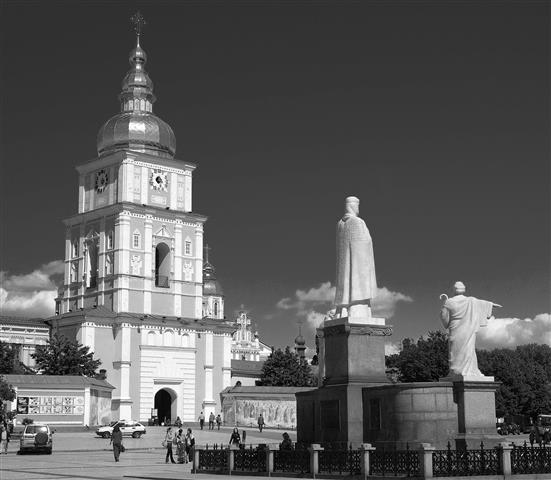 black_and_white/kiev_bw